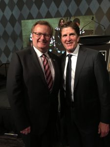It was a great evening at the Hockey Canada Foundation Gala.  Mike Babcock was the Honourary Chair of the event.