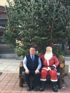VISITING SANTA ON SPARKS STREET IN OTTAWA