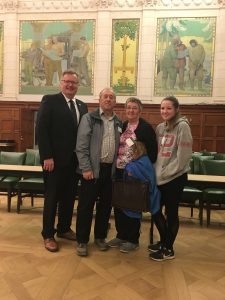 KURT & PATRICIA SAWATZKY & OLIVIA PIZZEY - TOUR OF PARLIAMENT GRASSWOOD CONSTITUENTS
